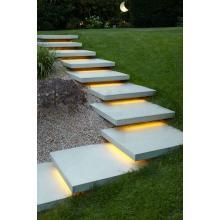 Светодиодная подсветка бетонных ступеней